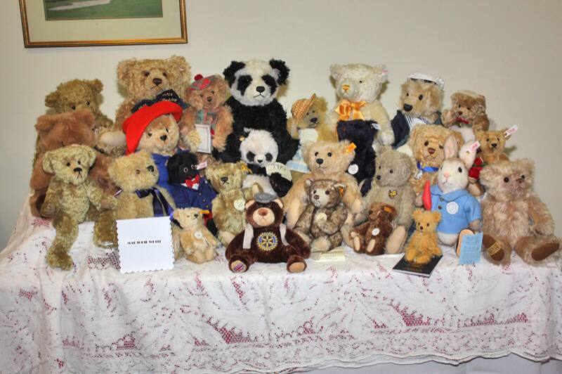 Arts, Crafts and Hobbies Evening - Teddy bear collection