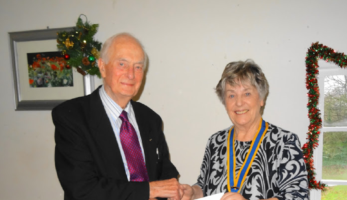 Two Past Presidents Recognised - Rtn John Coupe has been a member for 45 years