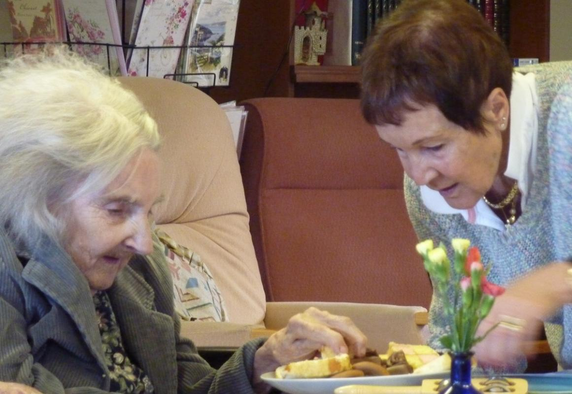 Sep 2018 Girton Memory cafe - Dance - Biscuits Yum