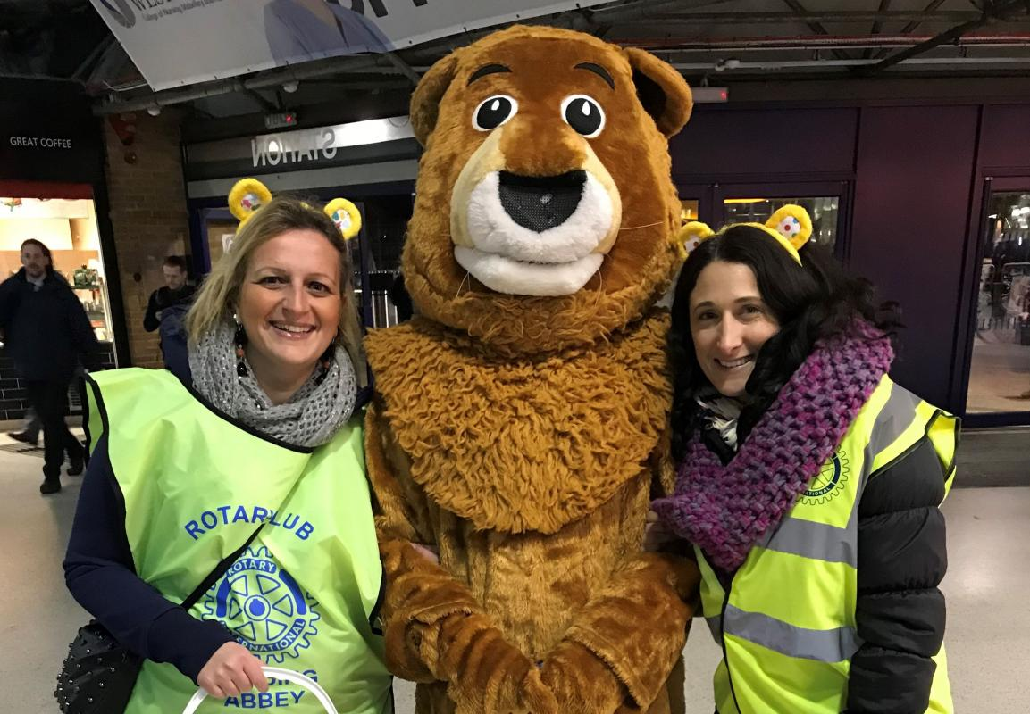 Members of the Rotary Club of Reading Abbey collecting for Children in Need at Reading Station.