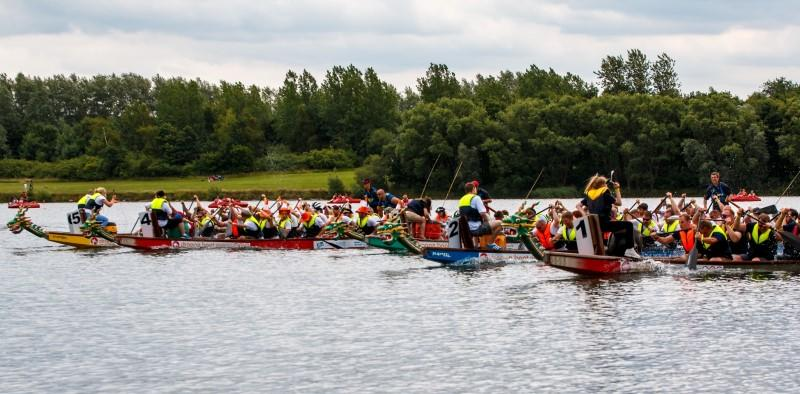 A FANTASTIC DAY ON PUGNEYS LAKE!! - Dragon boat race final