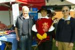 Mike and Ian meet Col Bob Burgess of The Sealed Knot in a sunny Cae Glas Park today.