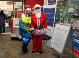 Collecting at Tesco, Cam with Stonehouse Rotary