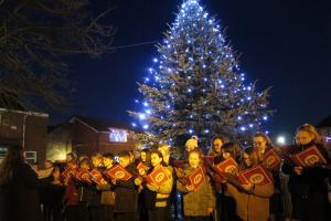 Tree of Light 2019 Switch On by Oswestry's Mayor and Carols with The Marches Choir