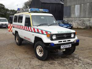 Lostwithiel Delivers 4x4 Ambulance to Kosova