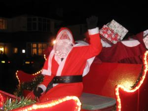 Pictures from our Christmas 2015 tour of the streets of Pinner