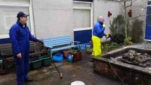 Crombie Primary School - Spring Clean