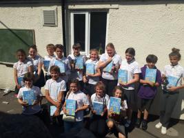 Rotary Dictionaries to Primary Schools