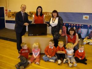 Esk Valley Rotary Donate A New Television To Woodburn Playgroup & Nursery