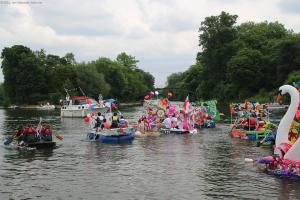 Shepperton Raft Race 2016