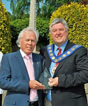1 May 2011 - Club win's Mayor's Special Award for service to the community