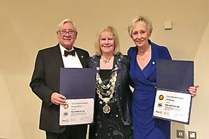 SADDLEWORTH ROTARY CLUB PRESENTS PAUL HARRIS AWARDS