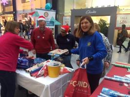 Christmas wrapping at St Stephen's Shopping Centre