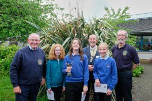 Presentation of Rotary Quiz Cup to Haddington Primary School
