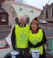 The Friends of Rotary were out in force collecting for our Club on Wednesday 19th. December.