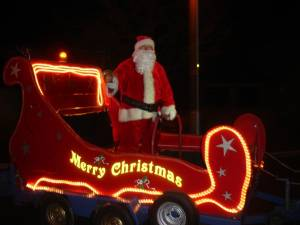 Santa bringing lots of cheer to everyone as it tours the village of Thurlby