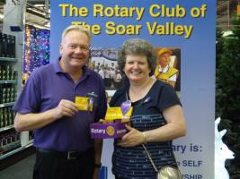 Last year President Alison was pictured with Rowena sales team member Peter Farmer, selling crocus insignia for END POLIO.
