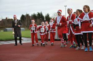 Rotary Club of Rugby Santa Fun Run December 2013