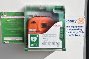 ROTARY CLUB OF ST IVES FUNDED DEFIBRILLATOR DEPLOYED TO SAVE LIFE OF 8 YEAR OLD GIRL