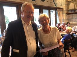 Rtn Diana Grice receives Paul Harris Award