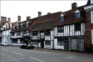 A Walking Tour of East Grinstead - Dawn Spalding