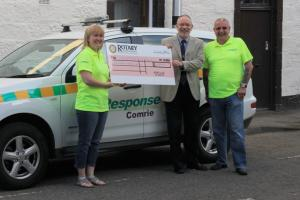 Cheque Handover to First Response, Comrie