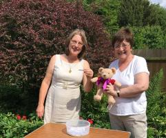 Garden Party 2017 <br/> raises over £800 <br/> for Croydon Drop-In