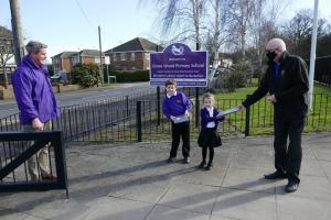 Rayleigh Mill helps children to get on-line