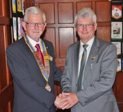 Welcome to new President, Paul Harris Fellow DAVID HEARNSHAW