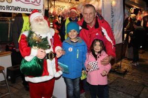 Late Night Shopping 2015 - Lucky Dip volunteers