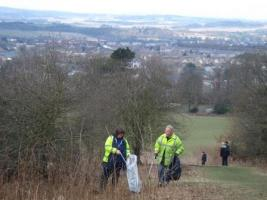 Litter picking - Corstorphine Hill