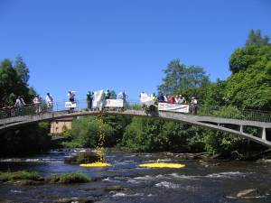 26 May 2012 - Duck Race, Teas on the Green and Fling by the River