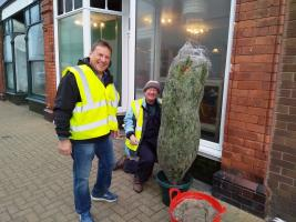 Rotary helps Port Erin Prepare for Christmas 2018