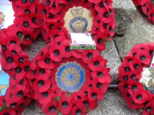 Remembrance Sunday: President Andy laying Rotary Wreath