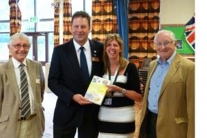 Ryde Rotary Club support  Rotary's literacy in schools