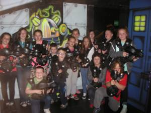 Kids go to the LAZER ZONE