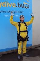 Courageous Sky Dive Jump raises over £2,500  for Alzhiemer's UK