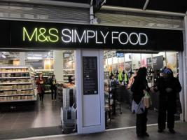 M&S bag packing
