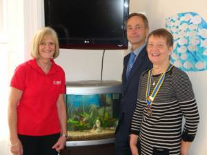 Presentation of the fishtank to the NEPACS Visitor's Centre