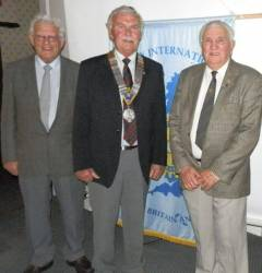 Rotary hear Wartime memories of Pembroke Dock
