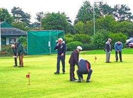 Blind-folded Putting