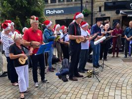 Ukulele Band celebrate Christmas in June!