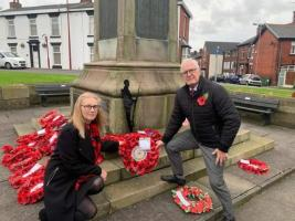 Laying Wreaths for Remembrance Sunday November 20