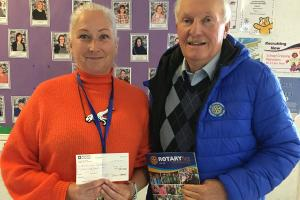 Donation to Dundee schools