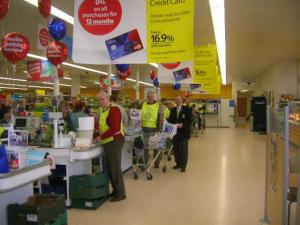 Rotarians packed bags at Tesco's