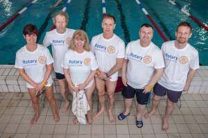 2014-03-16 Rotary Team in the Swimarathon