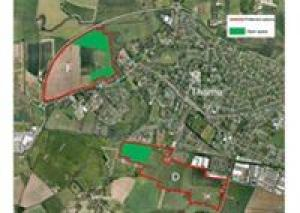 Jeannette Matelot's talk about  the new potential housing development in Thame