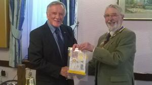 New Zealand Rotarian visits Rotary Club of Rushen & Western Mann - June 2015