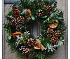 Christmas Wreath Making Session