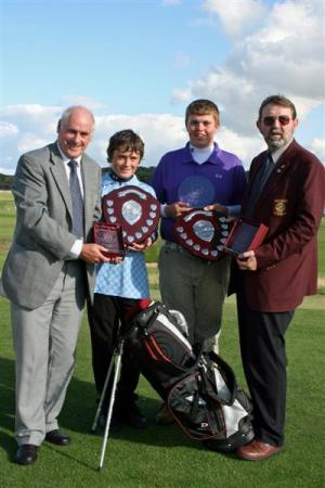 Young Thornhill Golfers Triumph at Dunbar